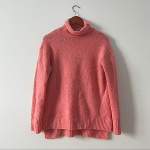Chelsea and Theodore pink turtleneck sweater M